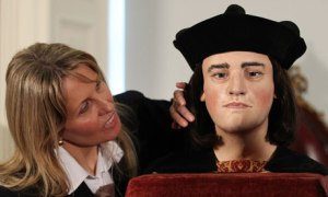A reconstruction of Richard III's face being given slightly too much attention by Philippa Langley