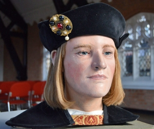 Richard III's bust has been redone to reflect evidence of fair hair and blue eyes