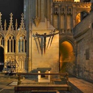 shrine-to-saint-thomas-becket